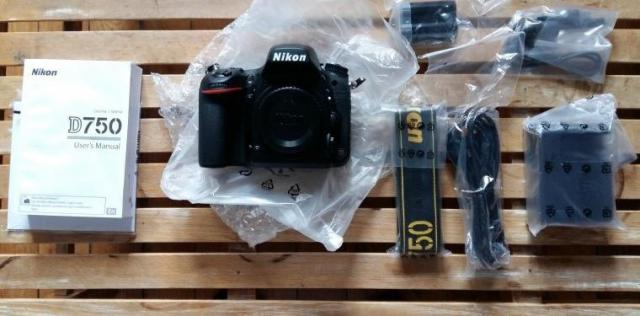 Pack Nikon D750 + Objectif 24-85mm + Microphone ME